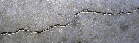 betonnen keldervoer repareren scheuren barsten